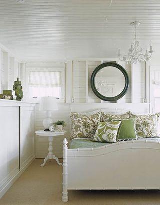 45-makeoverwhite-bedroom-0208-xlg-81557397