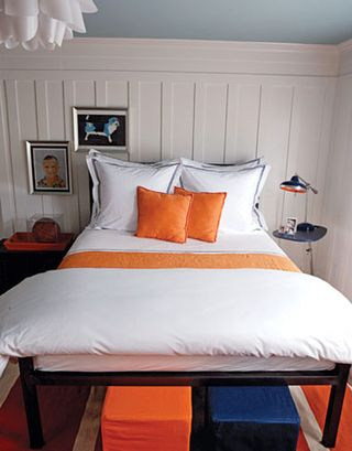 126-white-bedroom-0706_xlg-68329255