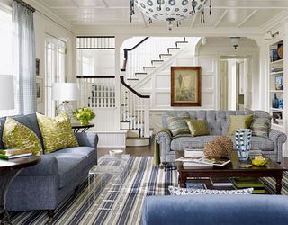 Traditional-meets-modern-living-room-xlg-73360243
